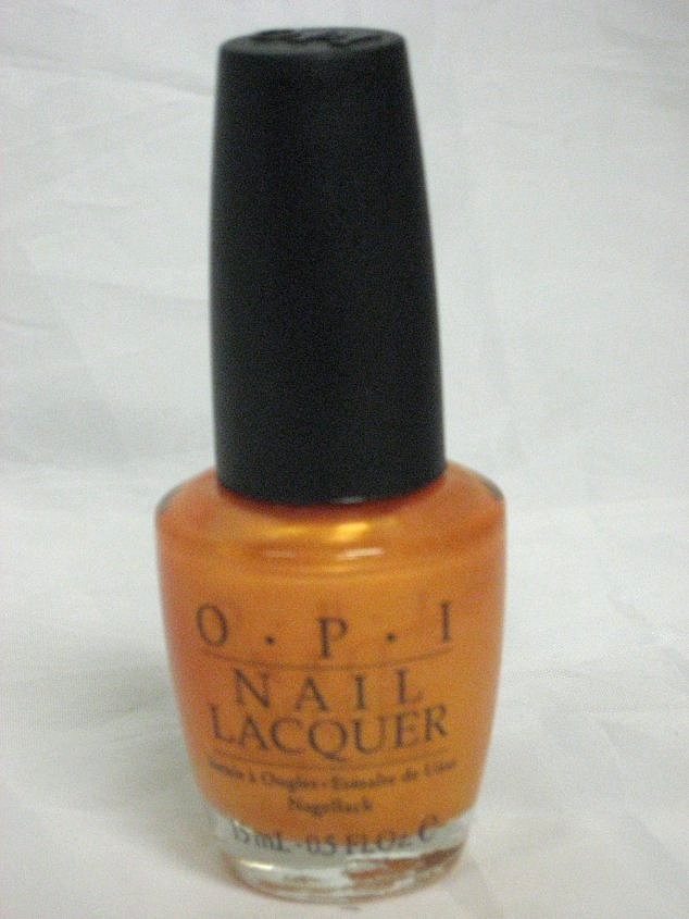OPI NL B41 - TOTALLY TANGERINE