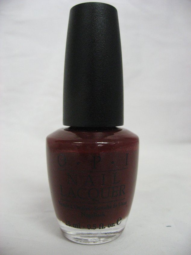 OPI NL E03 - A Man In Every Port-ugal