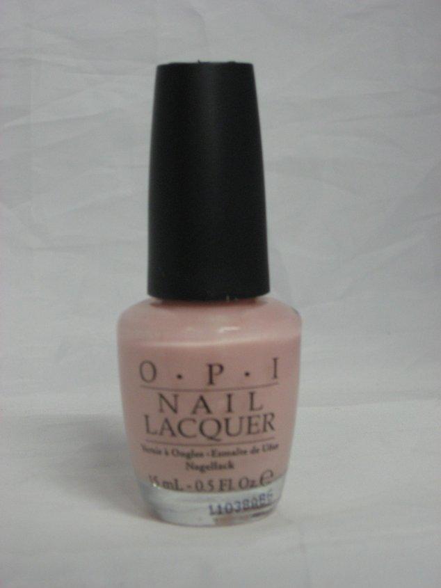 Discontinued OPI H35 - Isn't It Romantic