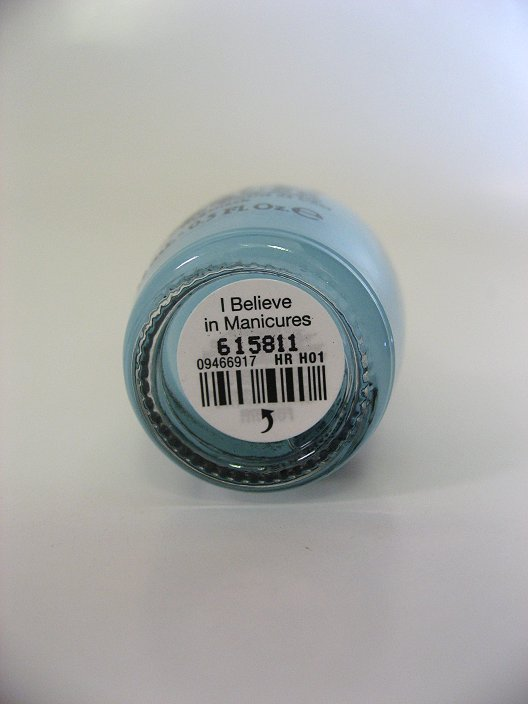 Bottom label of HR H01 - I Believe In Manicures