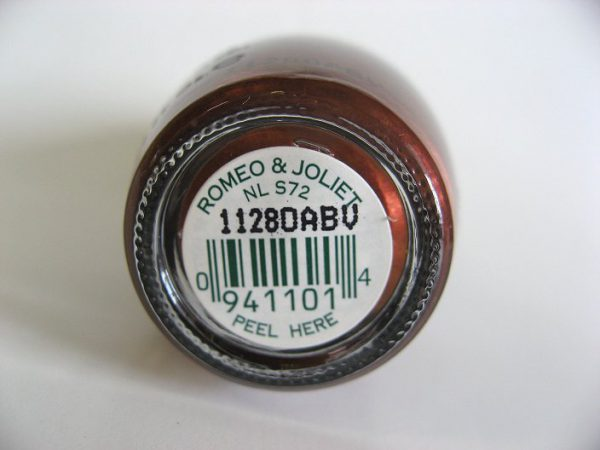 Bottom label of S72 - Romeo & Joliet