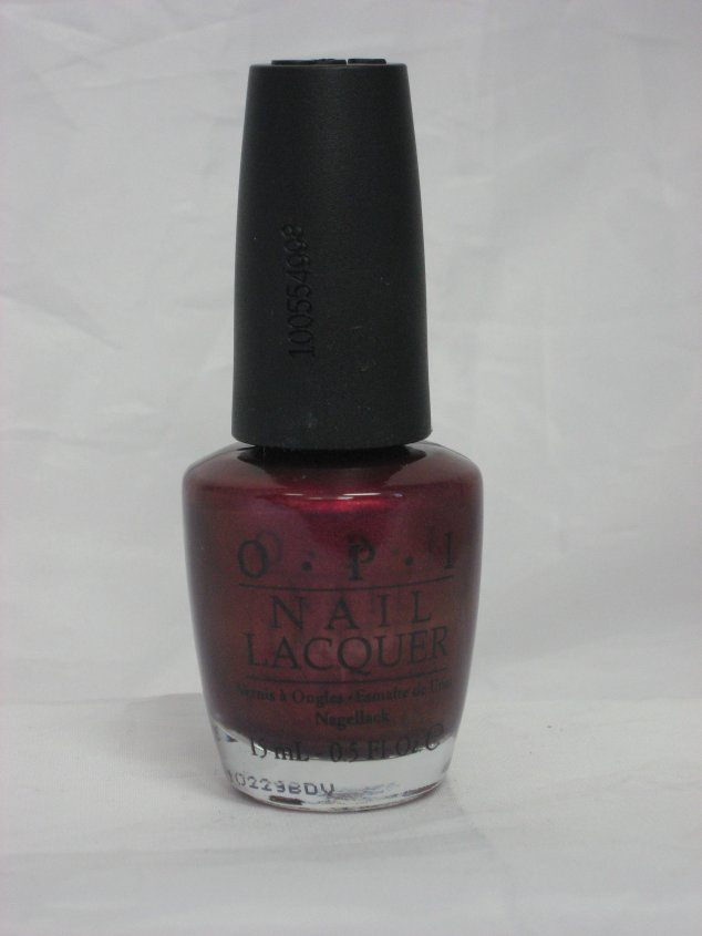 Discontinued OPI - Z17 Diva of Geneva
